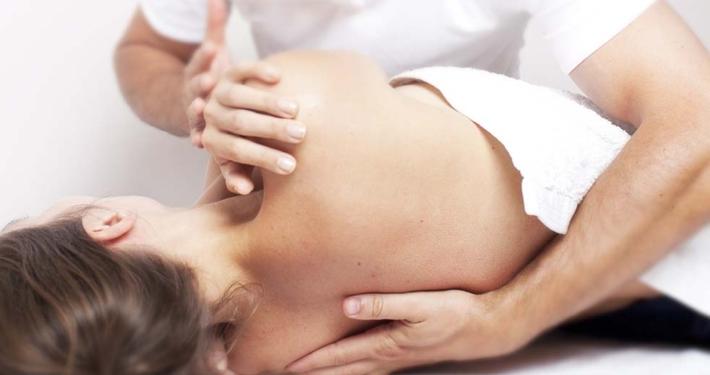 Come si svolge un trattamento osteopatico